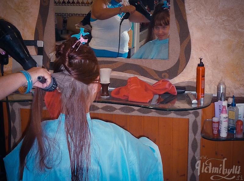 hiusten-varjaaminen