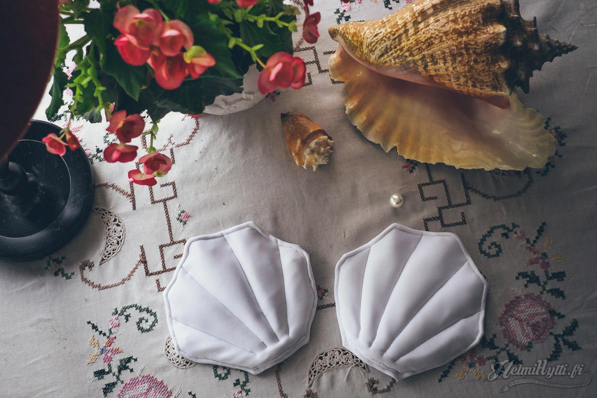 simpukkabikinit-ompelu